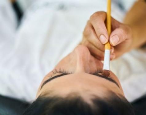 Jakie kosmetyki do brwi warto mieć w swojej kosmetyczce?