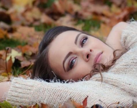 Kardigan damski typu waterfall - modna propozycja na jesień