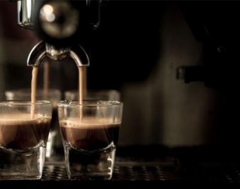 Perfekcyjna kawa… z kapsułki, czyli sposób na espresso