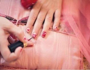 Lakier do paznokci - idealny prezent dla małej dziewczynki
